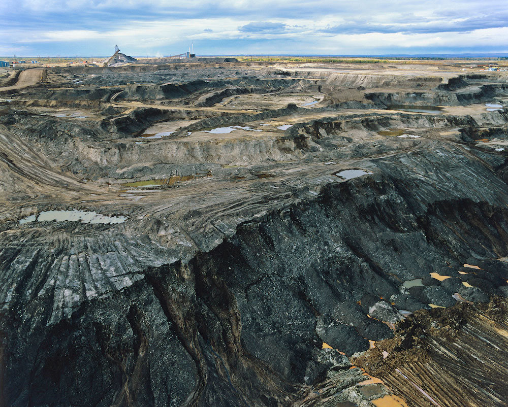 tar sands in alberta Alberta's premier rachel notley's new energy policy includes plans to clean up tar sands and shut down coal-fired power plants photograph: chris schwarz.